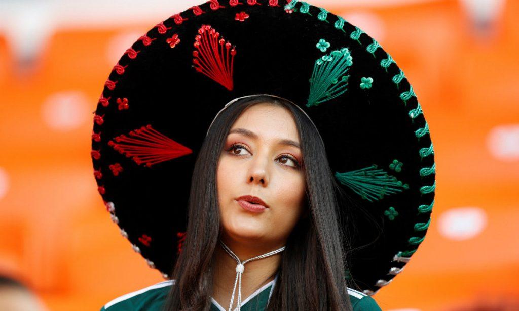 video-lesbiyanki-krasivie-meksikanskie-zhenshina-foto-sheli-zhen-porno