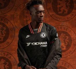 Nike เปิดตัวเสื้อทีมของ Chelsea 2019/20