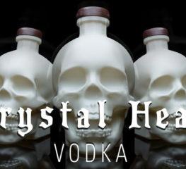 Crystal Head Vodka ต้อนรับฮาโลวีนด้วยการปล่อยขวดรูปกระโหลกแสนน่ารัก (A Spooky Ultra-Limited Bone Bottle)