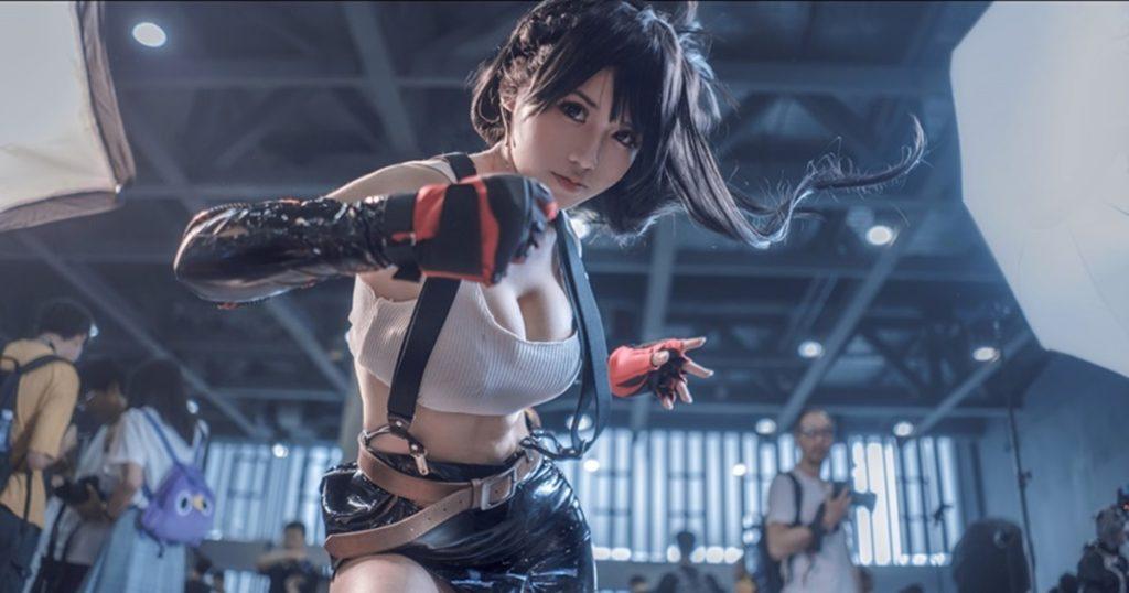 ดีต่อใจ! สาวจีนแต่งคอสเพลย์เป็น Tifa จาก Final Fantasy VII Remake