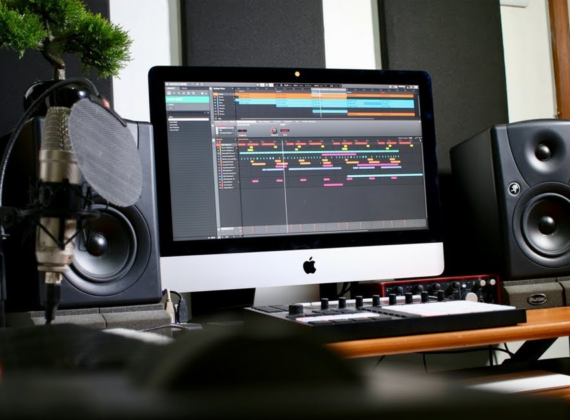 อุปกรณ์สำหรับนักดนตรี อยู่บ้านดีๆก็ทำเพลงได้