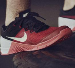 15 รองเท้าออกกำลังกายที่ดีที่สุดสำหรับผู้ชาย