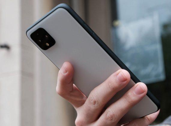 Android 12 อาจนำฟีเจอร์แตะที่หลังเครื่องกลับมาอีกครั้ง