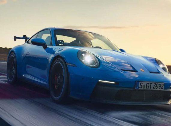 Porsche 911 GT3 ใหม่ ซุปเปอร์คาร์ที่ออกแบบให้วิ่งได้ทั้งบนสนามและท้องถนน