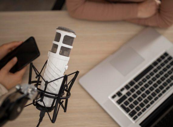 รวม 7 Podcast เพิ่มทักษะด้านธุรกิจ